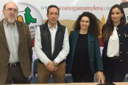 Representantes de las principales asociaciones de comerciantes de Pamplona en una comparecencia anterior ante los medios. (Archivo)
