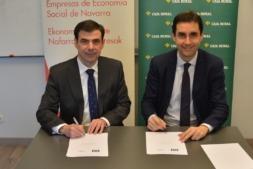Ignacio Ugalde, presidente de ANEL; y Ricardo Goñi, director del Área de Relaciones Institucionales de Caja Rural de Navarra.