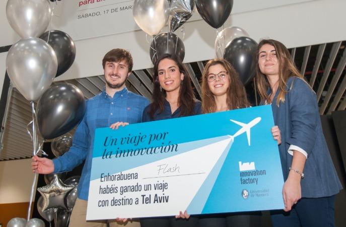 Foto de familia con los ganadores del Innovation Day celebrado en la Universidad de Navarra.
