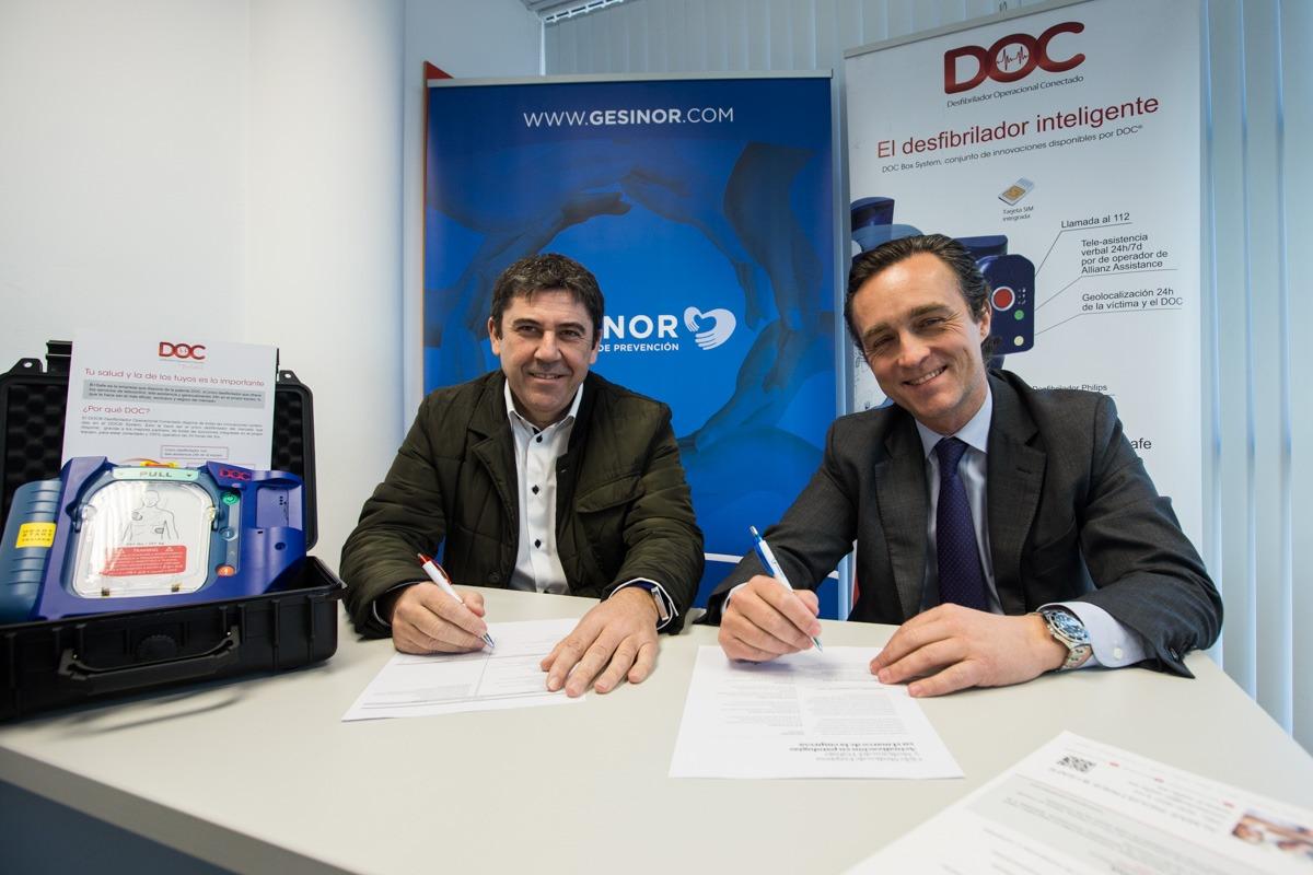 De I a D: Fernando Munarriz (Socio director GESINOR), Nuño Azcona (Director General Be Safe)