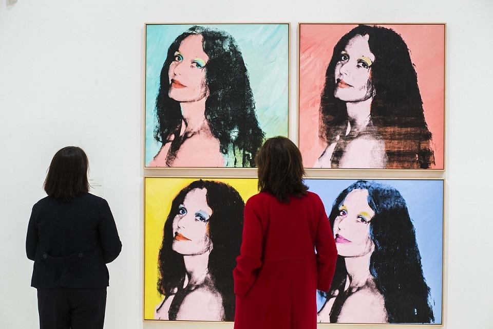 """Caixafórum Madrid acoge hasta el próximo 6 de mayo la retrospectiva: """"Warhol, el arte mecánico""""."""
