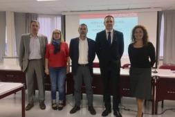 De izquierda a derecha: Ignacio Catalán, Paz Fernández (SNE), Miguel Laparra, David Delgado (Colegio Graduados Sociales) y Eva Ontoria (SNE).