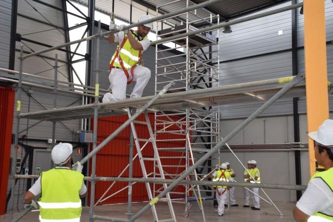 Construccion-Andamio-Trabajadores-Fundacion-Laboral