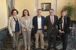 De izquierda a derecha:  Inés Francés, Ana Díez Fontana, Miguel Laparra, Marc Simón y Cristina Segura.