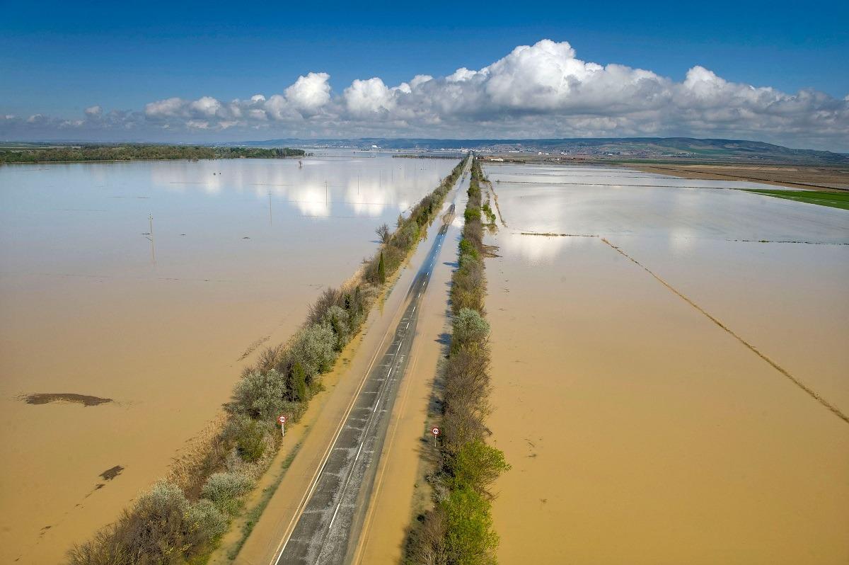 Imagen de la recta de Arguedas durante las recientes inundaciones.