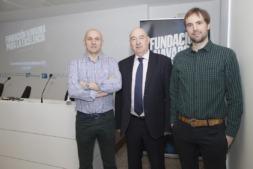 Ernesto Huarte, Sunsundegui; Marino Barasoain, Fundación Navarra para la Excelencia; y Héctor Arce, Peerfaculty. (Fotos: Javier Ripalda)
