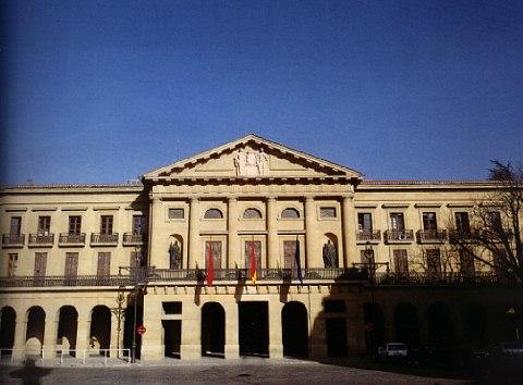 Imagen exterior del Palacio de Navarra.