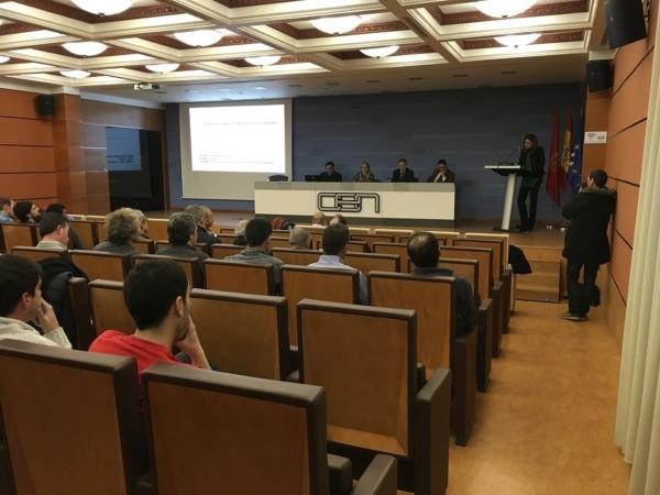 Panorámica de los participantes en el encuentro de carpinteros y ebanistas de Navarra celebrada en la CEN.