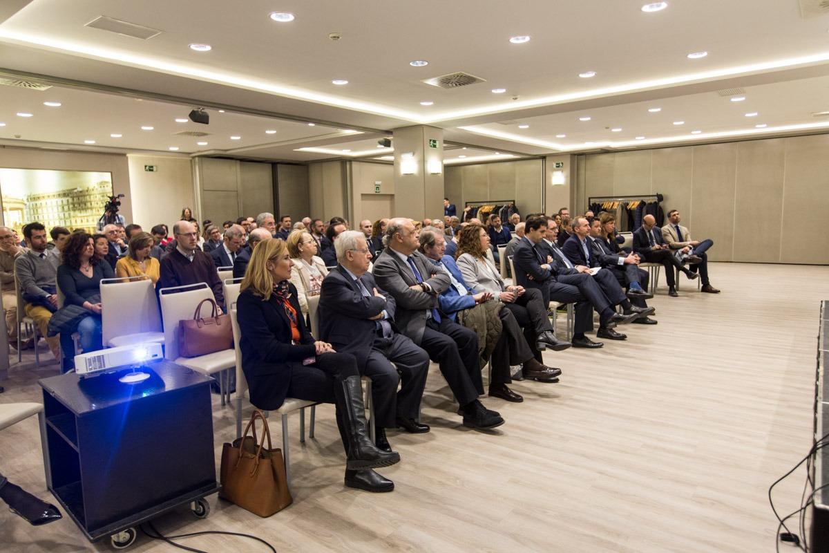 """Aula de Economía """"DN-Capital"""" con Pablo Zalba, presidente del ICO"""