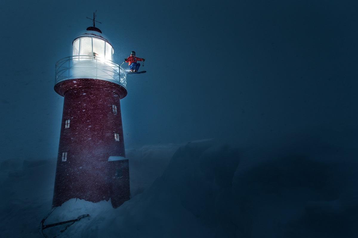 'The Lighthouse' de Christoph Jorda fue Mención de honor de CVCEPHOTO 2017 (rider: Sebastin Scheck) .