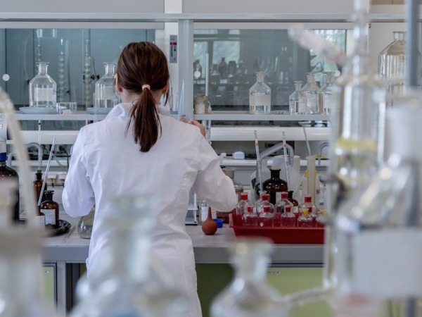 Laboratorio-Medico-Investigacion