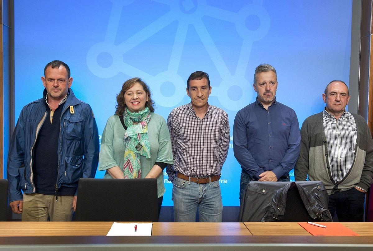 ermín Gorraiz, la consejera Isabel Elizalde, Ignacio Gil, Félix Bariain y Pedro Jesús Jimeno.