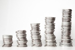 El listado incluye a los titulares de deudas superiores a los 120.000 euros.