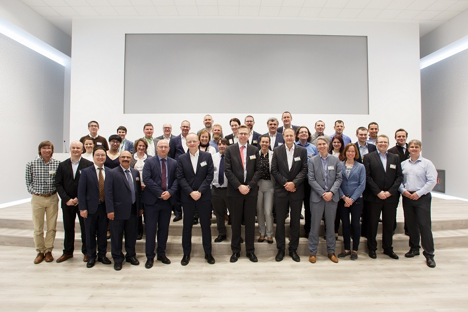 Los participantes en la reunión internacional de jefes de laboratorio de VW.