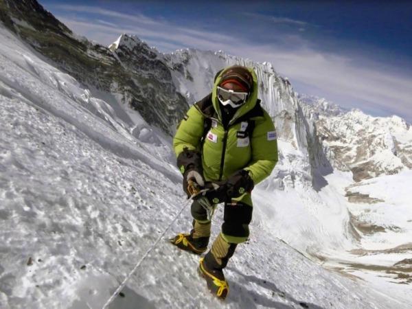 Alex Txikon, que ayer habló de empresa y deporte en la CEN, en una de sus últimas expediciones al Everest, donde ha ido en 2017 y 2018. (Foto: alextxikon.com)