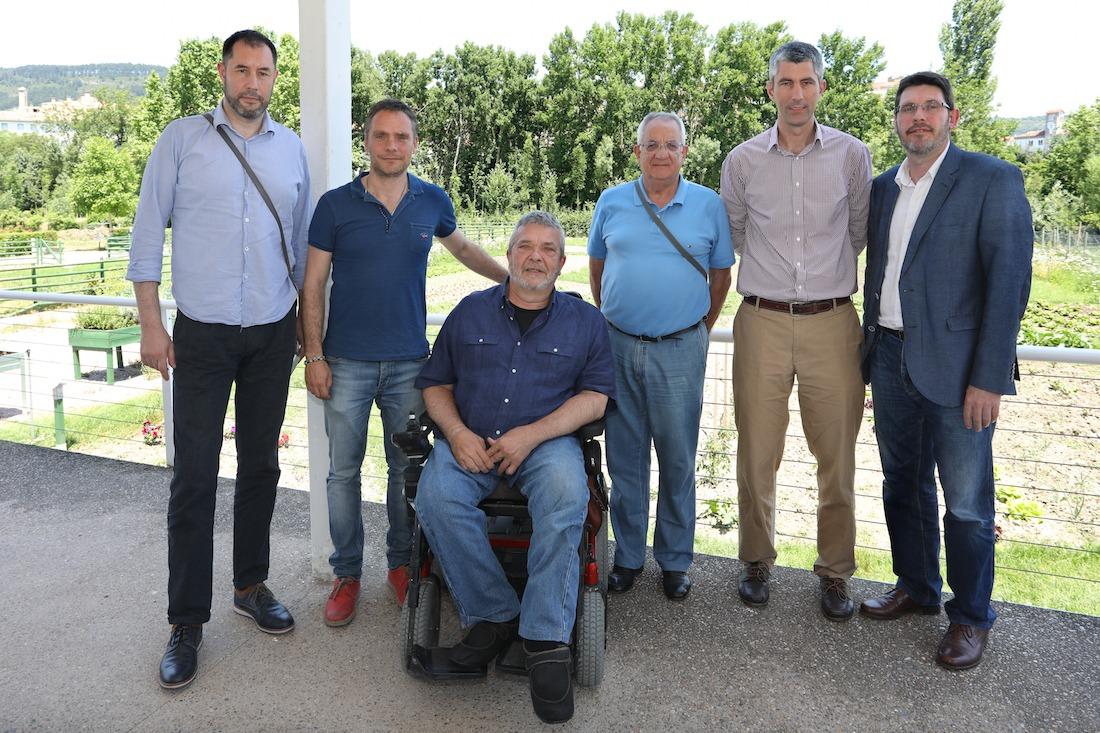 Los miembros de la directiva de las Fundaciones.