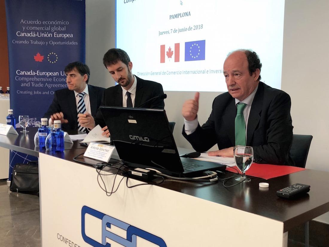 Álvaro Díez, Aduana de Imarcoain; Fernando Goñi, Embajada de Canadá en España; y Antonio Sánchez, Ministerio de Economía, Industria y Competitividad.