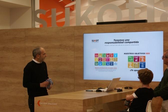 Un momento de la presentación del segundo establecimiento de Sukot Seguridad en Pamplona