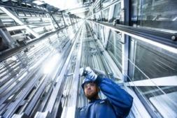 SIC Lázaro fabrica contrapesos para ascensores.