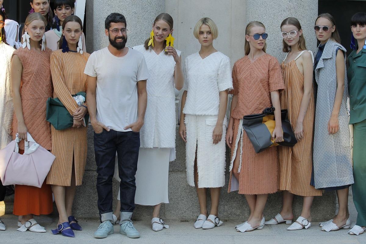 diseñador-moda-Moises-Nieto-desfile