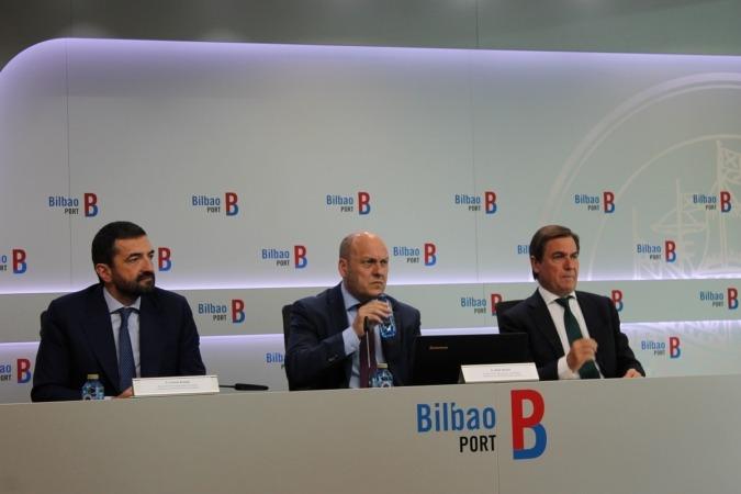 Responsables del Puerto de Bilbao durante la presentación de resultados del primer semestre del año.