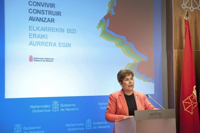 La presidenta de Navarra, Uxue Barkos, en un momento de su intervención este mediodía.