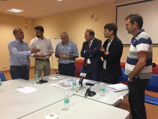 Manu Ayerdi da comienzo a la primera fase del nuevo polígono industrial de Lodosa.