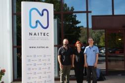 De izda. a dcha.: Fernando Varela y Rakel Herrero de NAITEC, y Jong-Hyurk Park de ETRI.