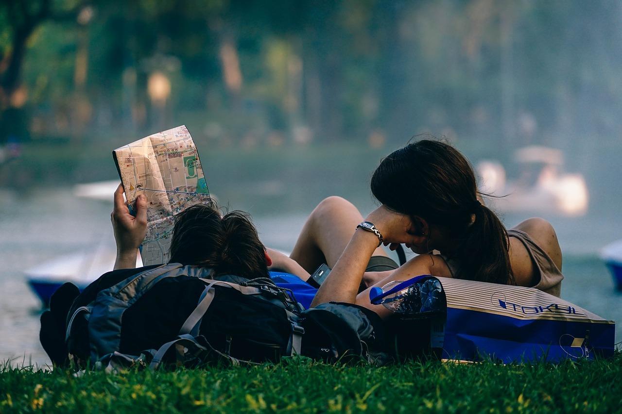 Los jóvenes millennials apuestan por los viajes baratos y espontáneos.
