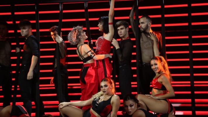 Natalia Lacunza canta 'Toxic' junto a Alba Reche en la Gala 4 de OT2018.