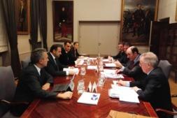 Un momento de la reunión celebrada ayer en el Ministerio de Fomento.