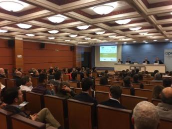 Han intervenido Sergio de la Calle, Global HR Transformation de Telefónica; Diego Cenzano, CEO de Biko; y Juan Manuel Gorostiaga, director gerente de Mutua Navarra.
