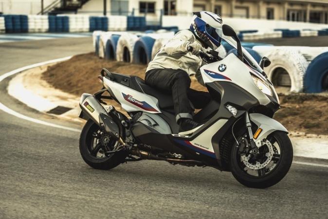 Imagen promocional de la nueva BMW Motorrad C 650 Motorsport