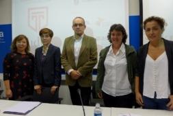 De Izquierda a Derecha: Silvia Cepas, Eloísa Ramirez, Luis Fernández.Saioa Arando (U Mondragon) y Esther Monterrubio