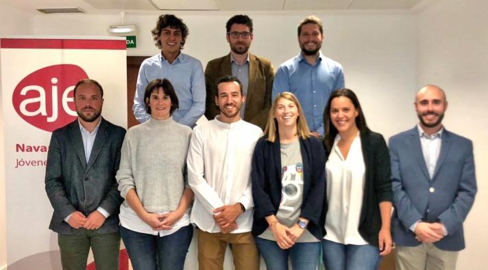 Miembros de la nueva junta de AJE Navarra