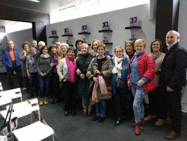 Socias de Saray, durante su visita a las instalaciones de Kaiku en Pamplona.