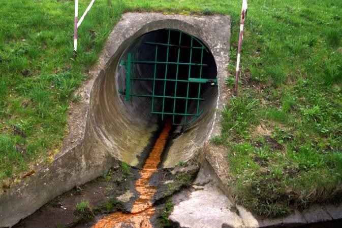 El tratamiento de residuos  involucra una combinación de procesos físico, químico y biológico.