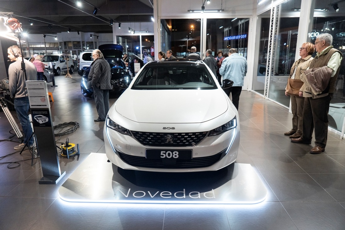 Presentación del nuevo Peugeot 508 en Automóviles