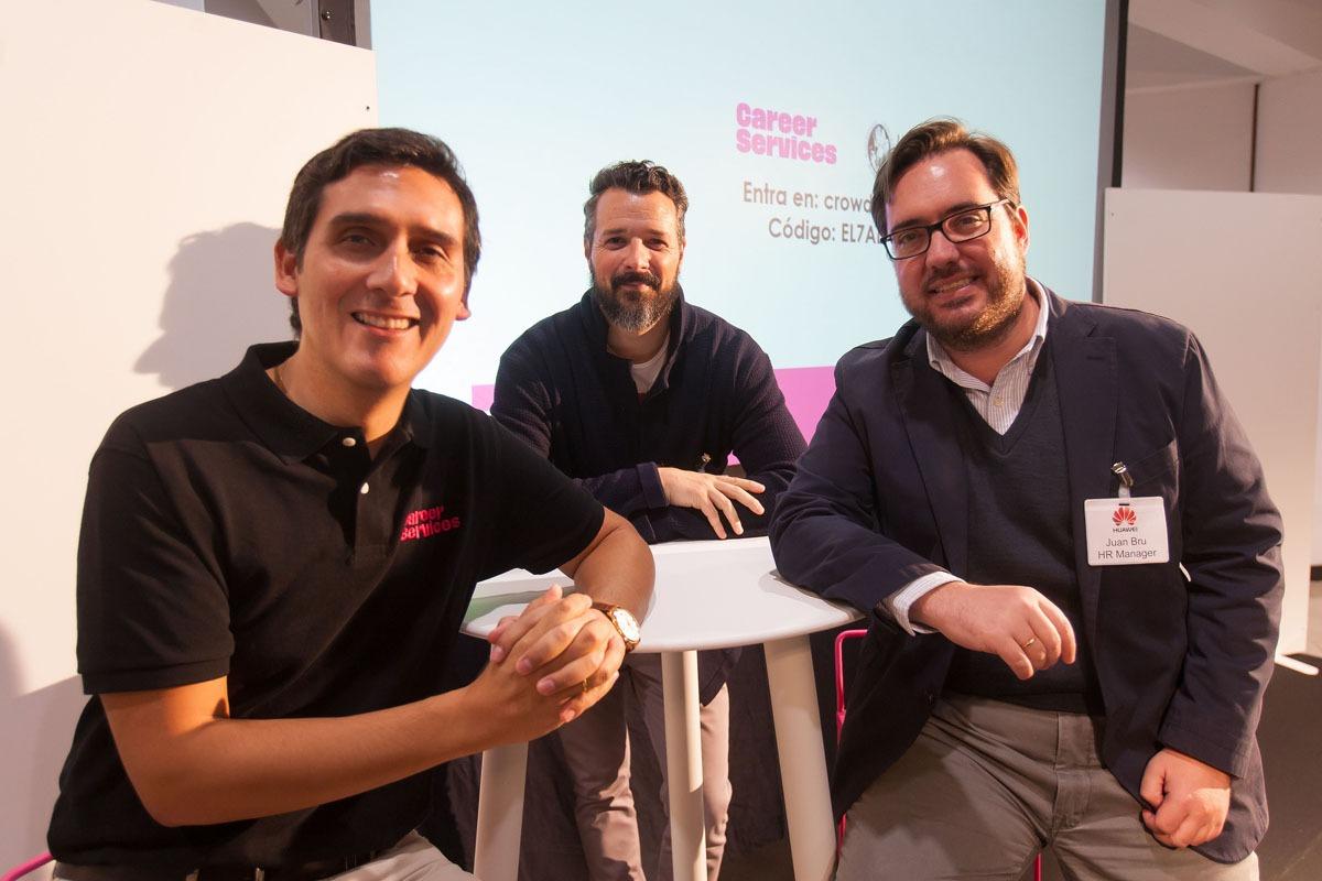 De izquierda a derecha, Roberto Cabezas, Ignacio Luceo y Juan Bru, durante la presentación de la plataforma.