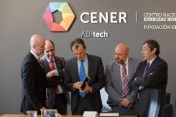 Pablo Ayesa, director general de CENER, Manu Ayerdi, Pedro Duque, José Luis Arasti, delegado del Gobierno, y Rafael Rodrigo, secretario general de Coordinación de Política Científica.
