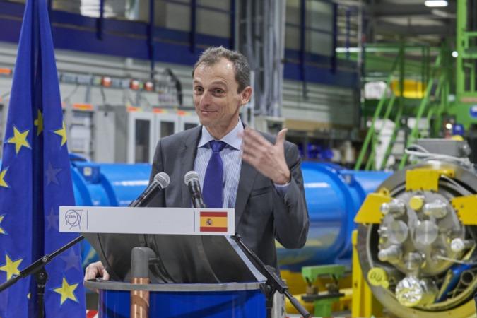 El ministro Pedro Duque, durante una reciente visita al CERN.