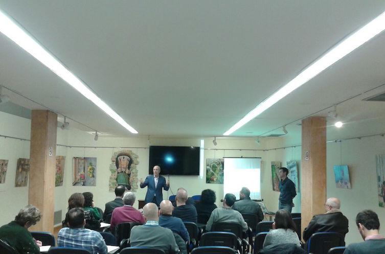 Participantes en el encuentro sobre Economía Social celebrado en Tudela.