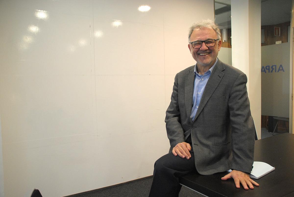 José Antonio Arrieta en una de las salas de Arpa Abogados Consultores.