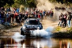 MINI, con Carlos Sáinz, busca la victoria en Dakar 2019
