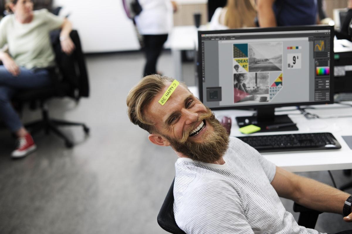 En España, 3 de cada 4 trabajadores dice ser feliz en su trabajo (76,1%).