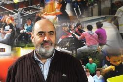 Rafael Olleta, director general de Aspace Navarra, en el centro que la Asociación tiene en el barrio de Iturrama de Pamplona.