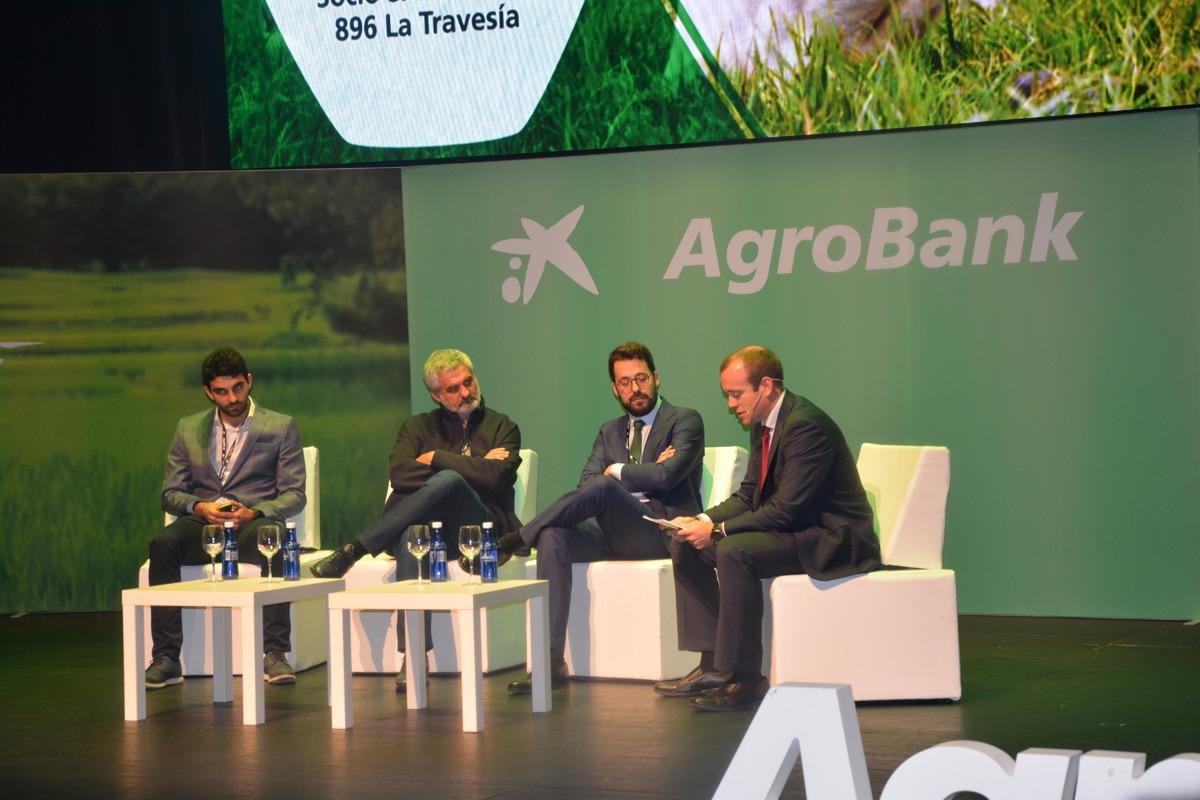 Carlos Urzáiz, José Ahedo y Gonzalo Agorreta charlaron sobre las experiencias innovadoras de sus empresas.