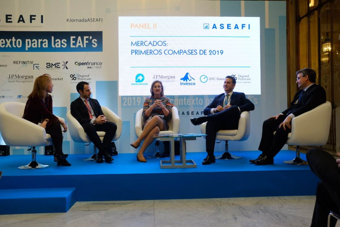 el Panel Representantes de JP Morgan Asset Management, M&G, GVC Gaesco y Degroof Petercam Asset Management en el Panel de Mercados.