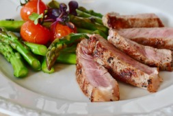 La campaña invita a consumir alimentos navarros y de calidad.