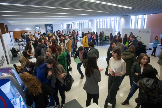 Alrededor de 1.000 alumnos han acudido al evento.